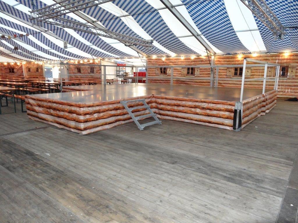 Bühnen und Überdachungen